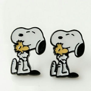 PREVIEW Snoopy & Woodstock Hug Earrings NWT
